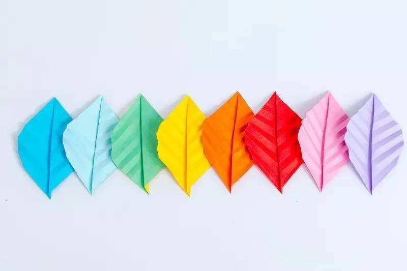 深圳画册设计的版式设计-深圳美创画册设计公司